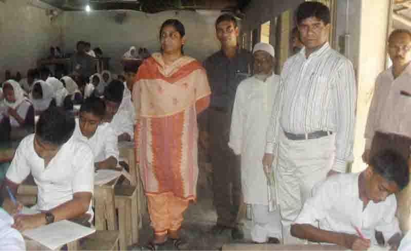 বগুড়ার গোকুল টি.এন বালিকা উচ্চ বিদ্যালয়ে জে.এস.সি পরীক্ষা শান্তিপূর্ণভাবে অনুষ্ঠিত