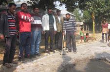 সোনাতলার কলাগাছি পাড়ায় রাস্তার সিসি ঢালাইয়ের উদ্বোধন