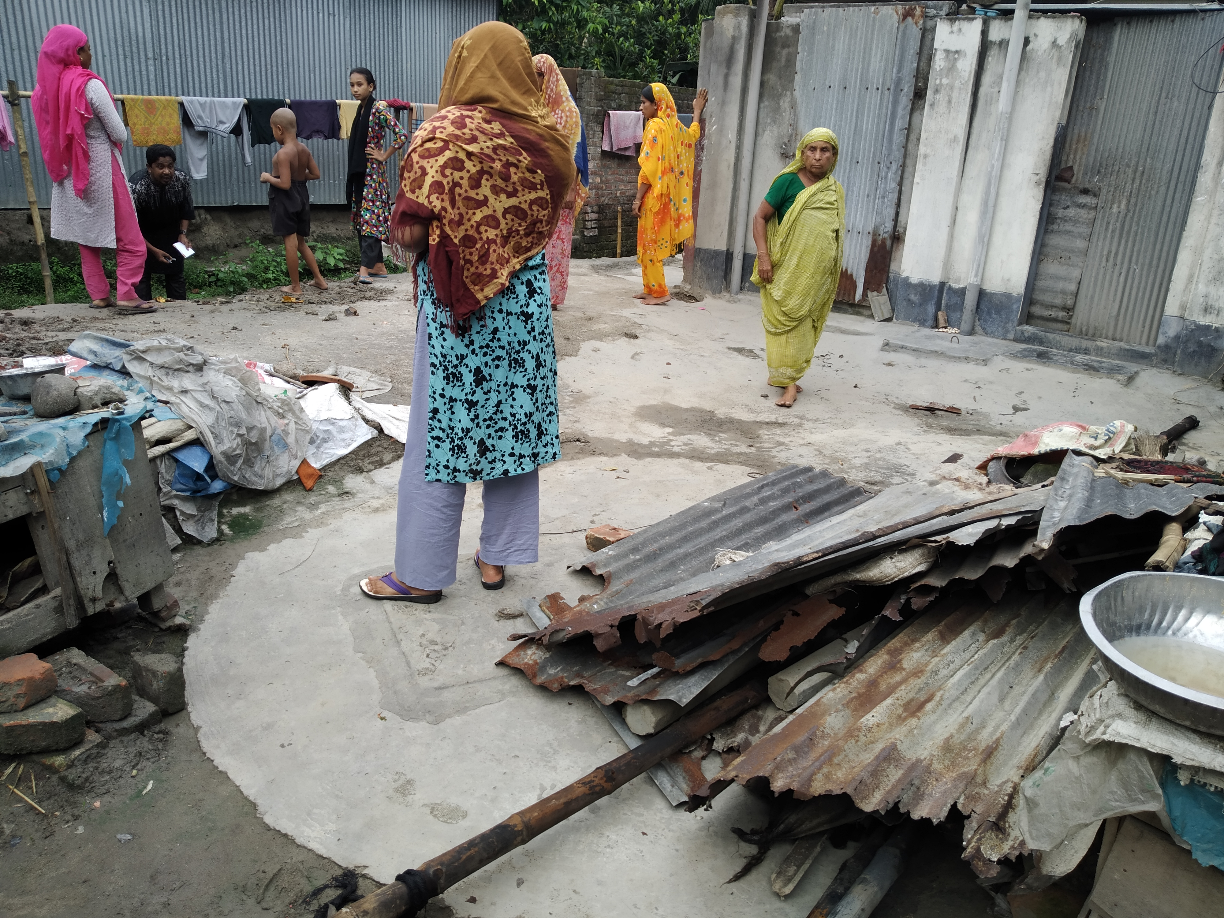 সোনাতলায় জমিজমা সংক্রান্ত জেরে বাড়িঘর ভাংচুর